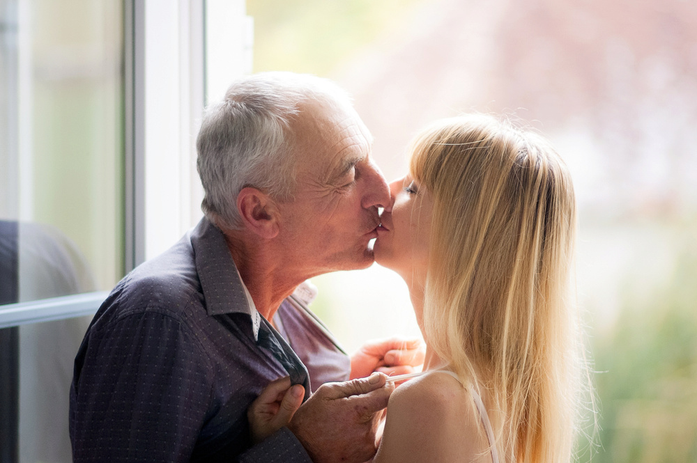 What It Really Feels Like To Have Sex With An Older Man